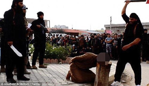"""Hình 3: Sự dã man của nhóm """"Nhà nước Hồi giáo"""""""