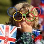 LỄ KHAI MẠC OLYMPIC LONDON 2012: BOND, BEAN & QUEEN